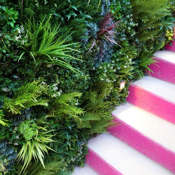 Outdoor Privacy Screening & Topical Greenery