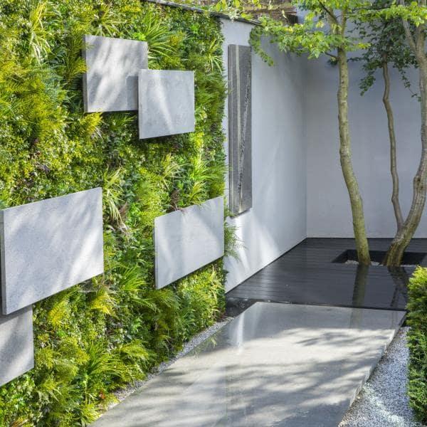 Compact London Garden Wall by Vistafolia