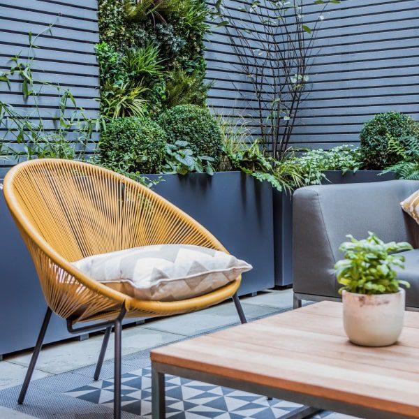 Courtyard Faux Green Wall Design